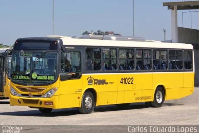 Vídeo: Motorista de ônibus dirige falando ao telefone na Linha Amarela e vídeo viraliza - revistadoonibus