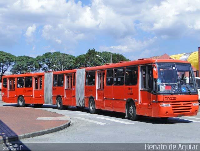 Curitiba fará leilão de sucata de ônibus biarticulado no dia 8 de junho - revistadoonibus