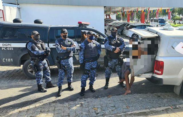 Maceió: Guarda Municipal apreende dupla de assaltante de ônibus no Pajuçara - revistadoonibus