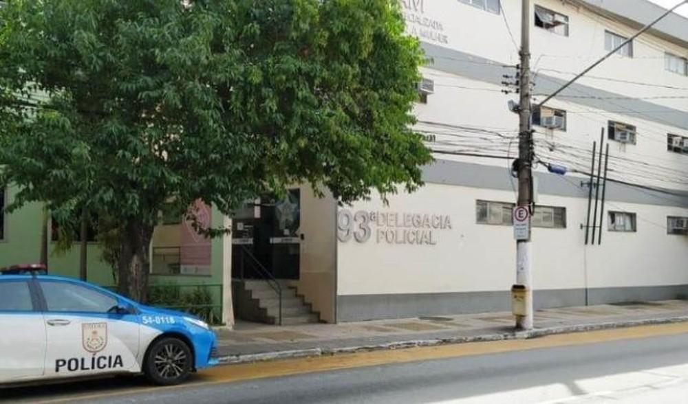 RJ: Polícia prende bandido após tentar assaltar passageira de ônibus na BR-393, em Volta Redonda