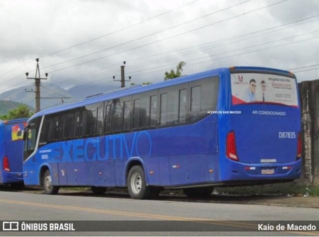 Vídeo: Ônibus bate em poste na Estrada do Mendanha em Campo Grande no Rio de Janeiro - revistadoonibus