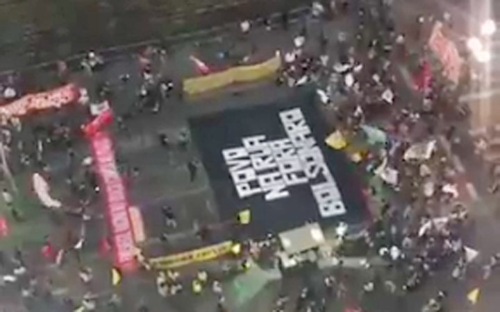 São Paulo: Manifestação contra Bolsonaro desvia linhas de ônibus na região central