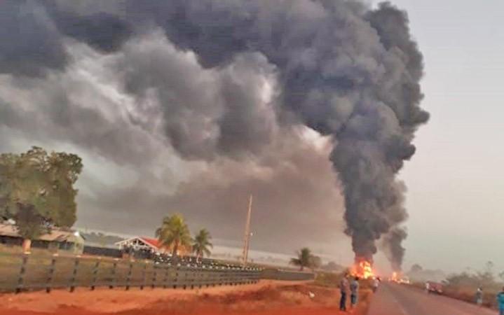 Rondônia: Acidente entre caminhão e ônibus deixa 3 mortos na BR-364 em Itapuã do Oeste