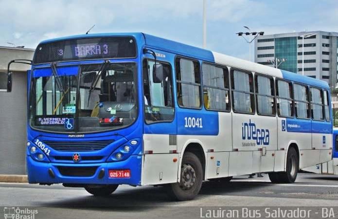 Salvador: Mais um ônibus é alvo de marginais nesta sexta-feira