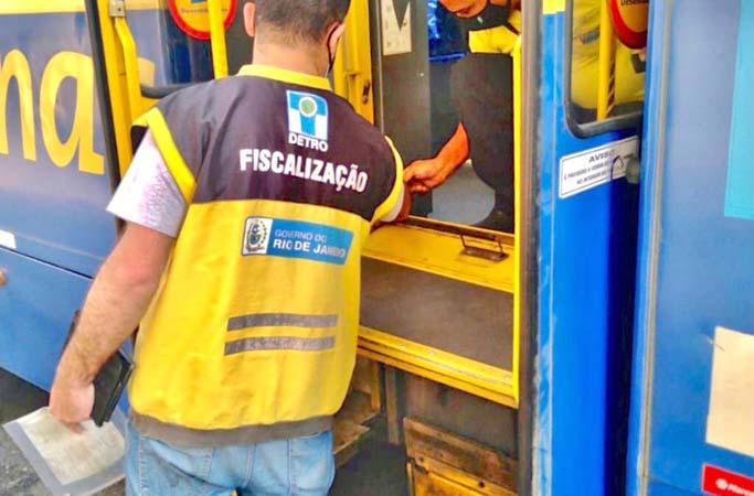 RJ: DETRO aplica 285 multas em 178 ônibus no mês de agosto