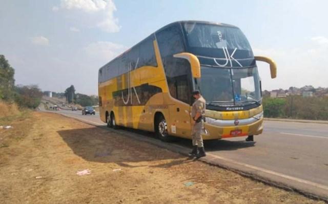 Goiânia: Fiscalização da ANTT apreende 12 ônibus em situação irregular - revistadoonibus