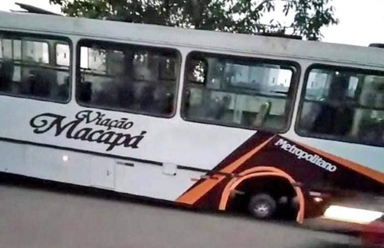 Macapá: Ônibus perde roda quando trafegava pela Rodovia Salvador Diniz