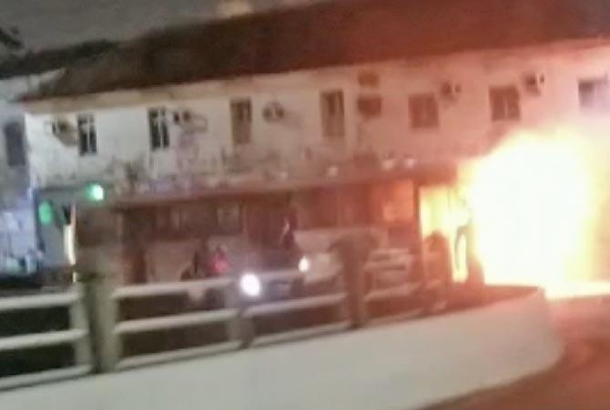 Vídeo: Ônibus pega fogo nesta noite de quarta-feira em São Luís - revistadoonibus