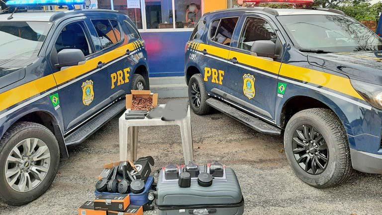 PA: PRF apreende munições durante fiscalização a ônibus, em Castanhal