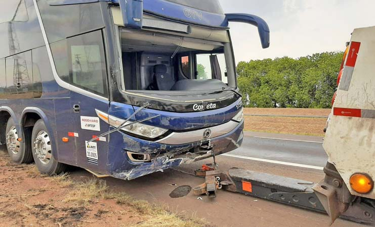 SP: Engavetamento na Rodovia Washington Luís – SP-310 deixa um ferido em Araraquara