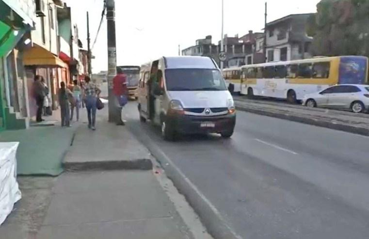 Salvador: Marginais fazem arrastão em ponto de ônibus no subúrbio
