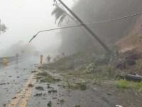 SP: Rodovia dos Tamoio é fechada devido queda de barreira - revistadoonibus