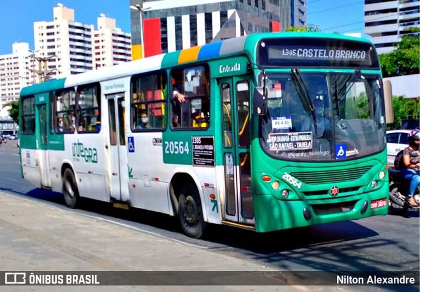Salvador: Marginais assaltam ônibus da OT Trans na Avenida Paralela