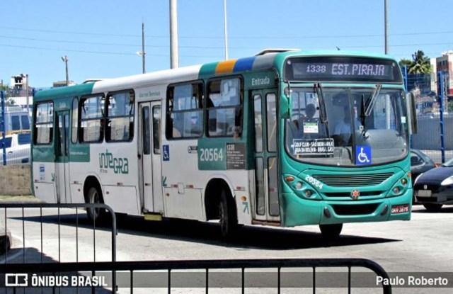 Salvador: Marginais assaltam ônibus da OT Trans na Avenida Paralela - revistadoonibus