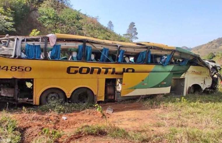MG: Ônibus da Gontijo que se envolveu em acidente em Leopoldina tinha 8 multas vencidas, diz site