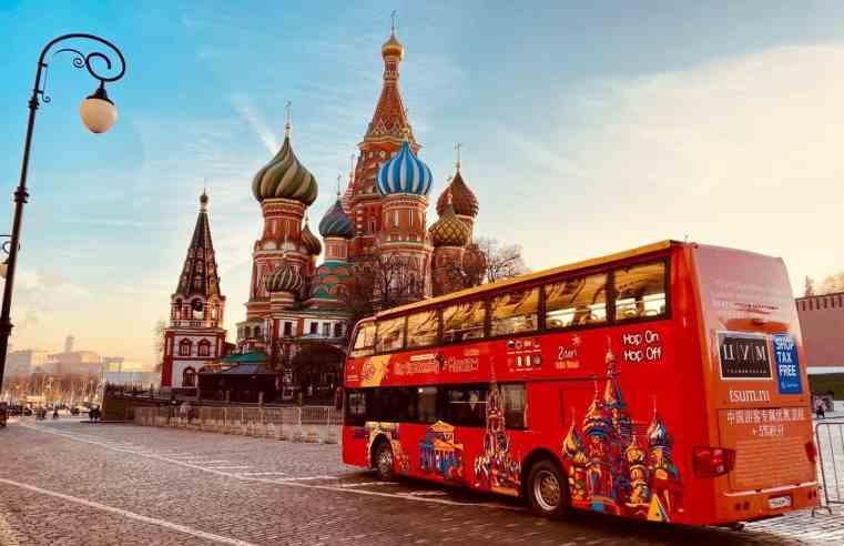 Moscou entrará em lockdown por 10 dias devido alta de casos de Covid-19 e transporte será severamente afetado