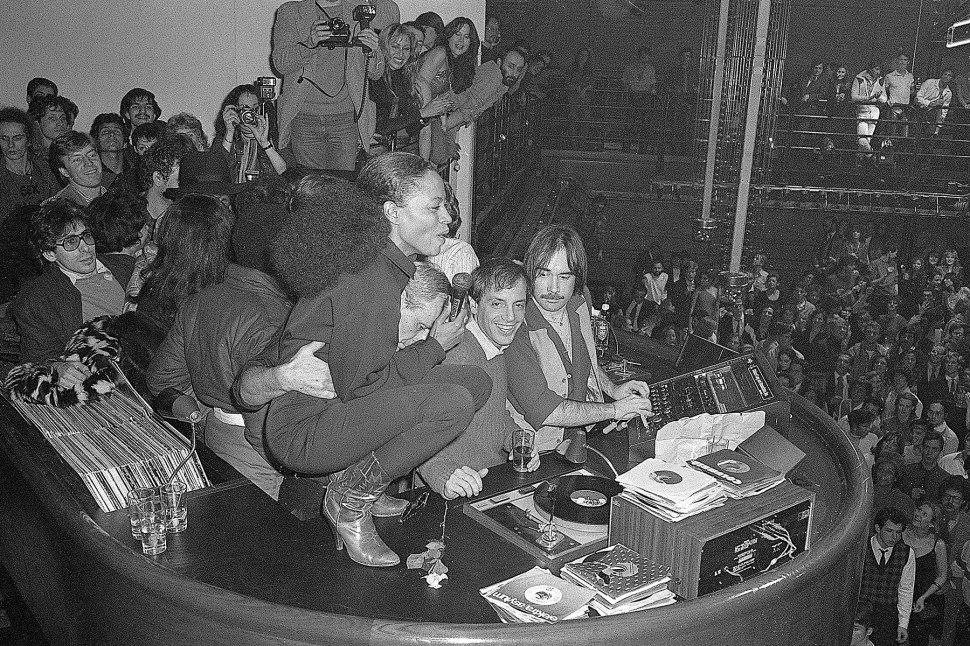 Diana Ross y Steve Rubell con el Dj