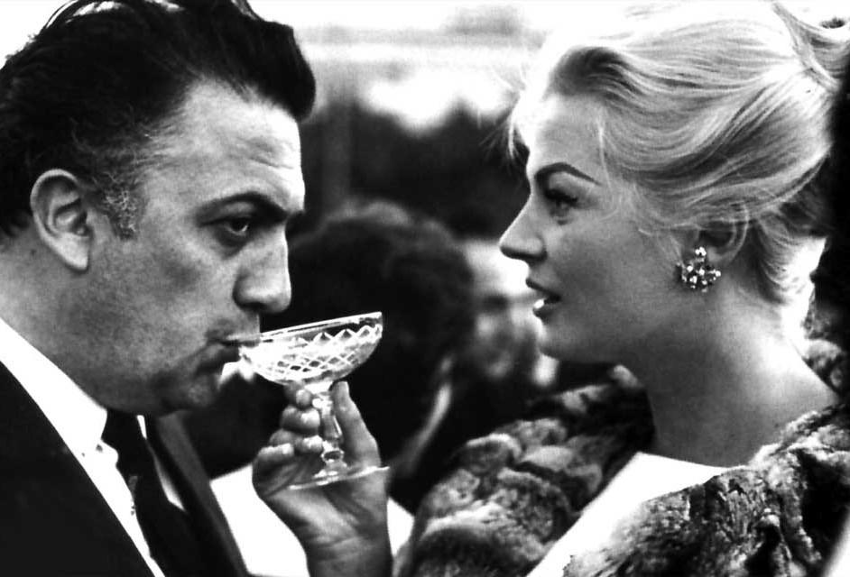 Federico Fellini y Anita Ekberg