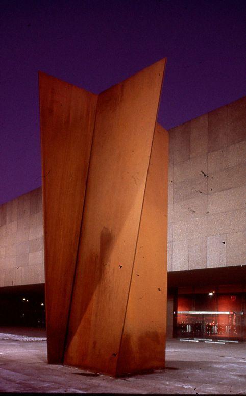 39. Carnegie. 11,83 metros de altura. 1985. Museo Carnegie. Pittsburgh, Pennsylvania. USA