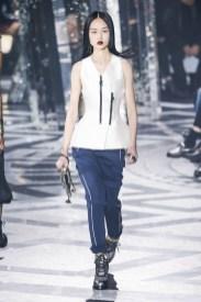 Loius-Vuitton_ful_W_F16_PA_041
