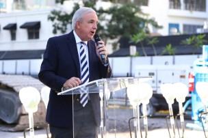 Mayor Carlos Giménez