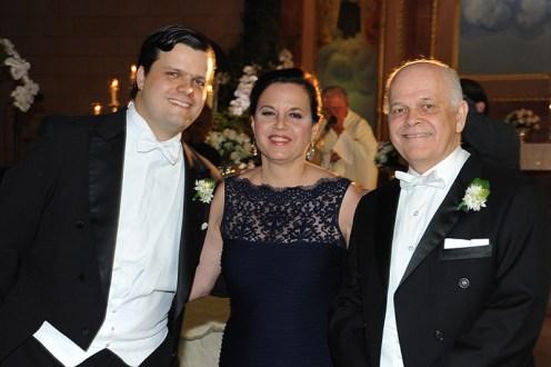 Juan Ignacio con sus padres Angélica Machado Uzcategui y Darío Jorge Salas Quintero