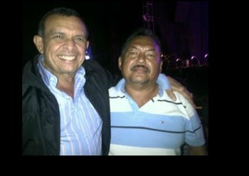 El ex presidente Lobo y el contrabandista