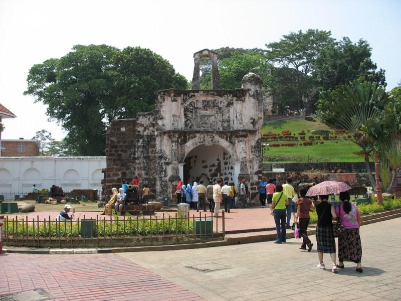 Porta de Santiago, único portão remanescente da fortaleza portuguesa A Famosa em Malaca
