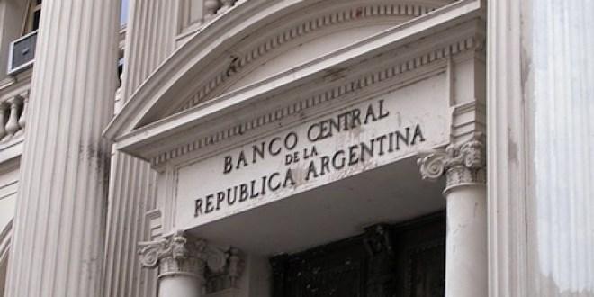 Liberan a exportaciones de servicios de la obligación de liquidar divisas