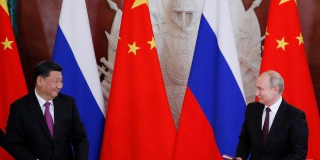 Putin: «Necesitamos redefinir el rol del dólar, se ha convertido en un instrumento de presión».