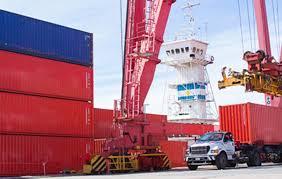 Efecto dólar: cayeron las importaciones y el déficit comercial se achicó a u$s382 millones