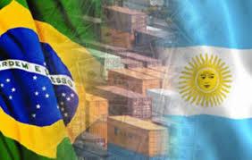 Gobierno ya negocia con Brasil para retomar envíos de peras y manzanas.