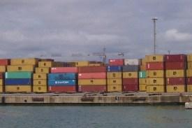 """Esperando el 2043"""": qué futuro les espera a la industria marítima, las terminales portuarias y la logística en los próximos 25 años."""
