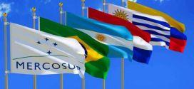 Mercosur, en debate: Buscan convencer a Uruguay y Paraguay para bajar el arancel.