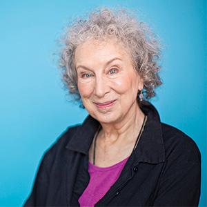 foto de la autora margaret atwood en la revista literaria galeradas