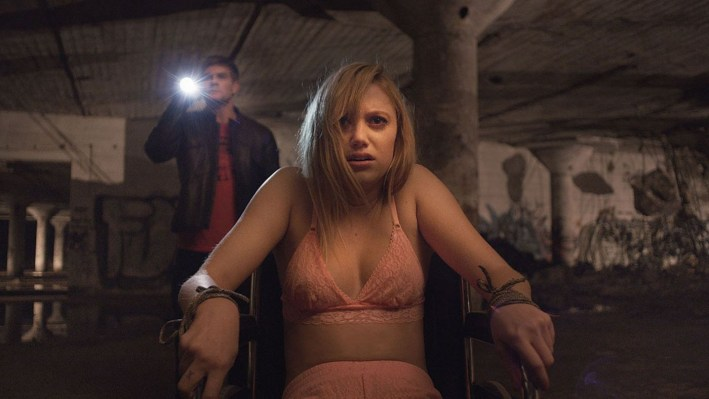 It Follows – a estudante precisa sobreviver ao fantasma sexualmente transmissível do século XXI.