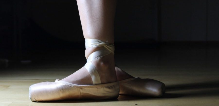 ballet_ballet_shoes_ballerina_dance_performance_foot_grace_practice-1189779