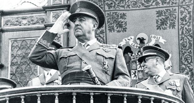 General Francisco Franco em uma fotografia dos anos 60. Ao vencer a guerra civil espanhola em 1939. Crédito: The Irish Times.