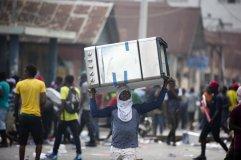 Protestos Haiti 2019. Crédito: Dieu Nalio Chery AP/ El País Brasil