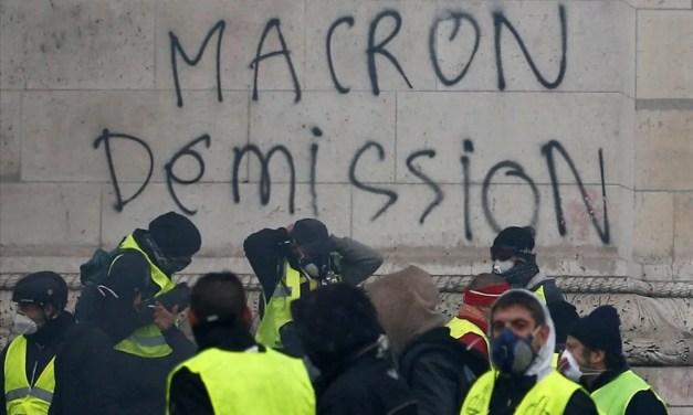 Clima insurreccional en Francia. Los Chalecos Amarillos destapan las vergüenzas del Régimen Burgués