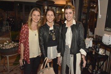 Soledad Lineau, Clarita Anchorena y Chiara Deffeminis.