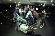 """Ueinzz Theatre Company, Working Material para """"Zero Gravity"""", Cortesía de la Ueinzz Theatre Company."""