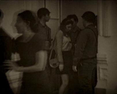Alicia Mihai Gazcue. Pasar entre ellos. Cortesía de Espacio Mínimo