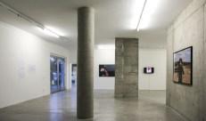Regina José Galindo, SOS, Prometeo Gallery, 2018. Vista de la instalación. Cortesía de Prometeo Gallery