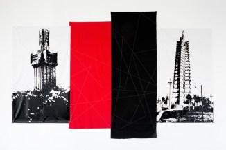 """Carlos Garaicoa, """"Fading in…,"""" (2017). Exposición """"El Palacio de las Tres Historias"""", CGAC, 2018. Imagen cortesía del CGAC"""