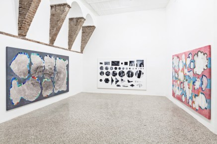 Jorge Macchi, Vistas de la exposición en la galería Continua, San Gimignano. Cortesía del artista y la galería Continua San Gimignano-Beijing-Les Moulins-Habana. Foto: Ela Bialkowska