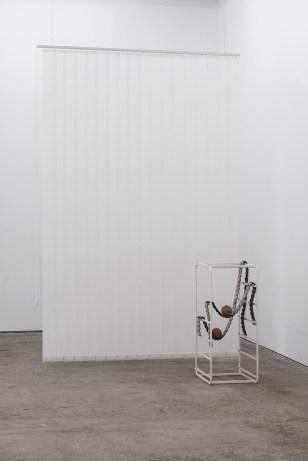 """Vistas de la exposición """"Nicolás Lamas, Liminality"""". Octubre 2018-Enero 2019, Galería Sabot, Cluj-Napoca, Rumanía. Cortesía de Sabot"""