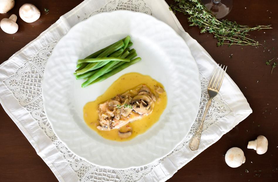 salmón en salsa de mantequilla