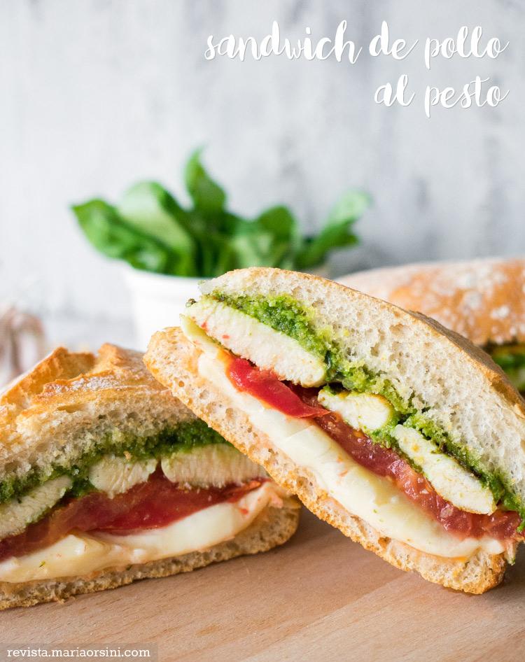 sandwich caprese de pollo al pesto