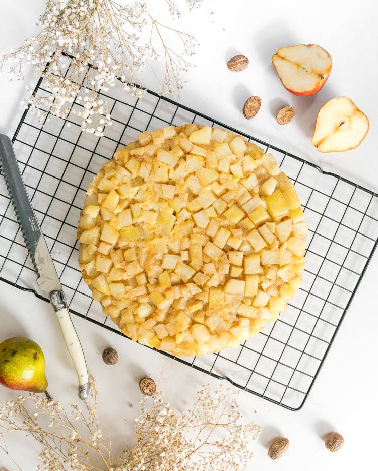 Receta de pastel de pera y yogurt en revista Maria Orsini